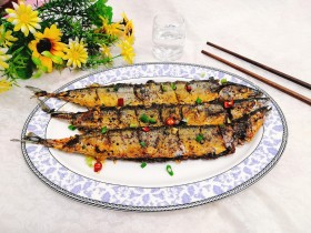 干煎秋刀魚