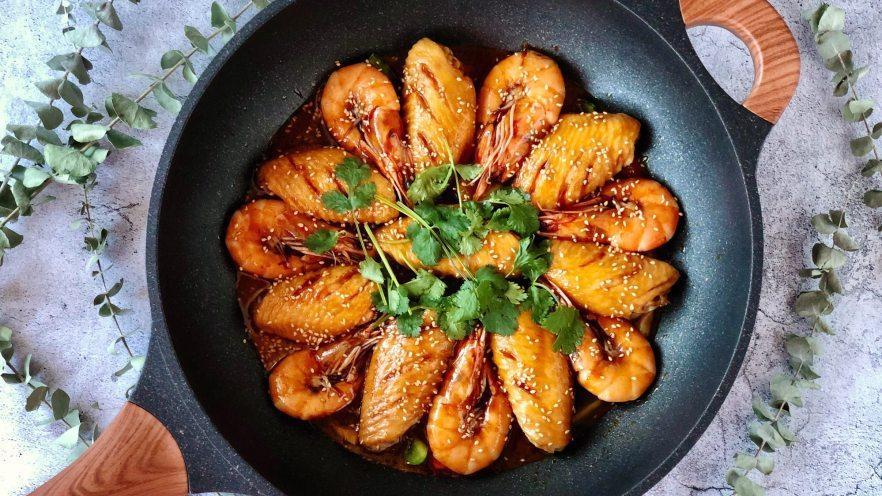 0厨艺也能做!好吃到爆炸的虾翅焖锅