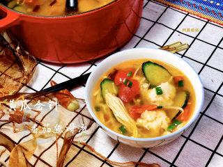 黄瓜金针番茄鱼滑汤