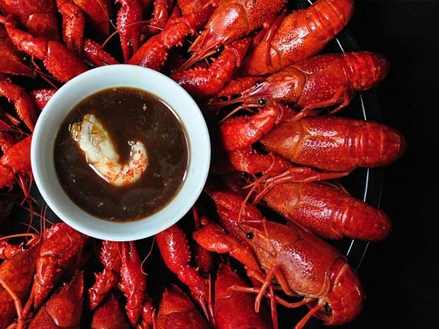 清蒸小龙虾,沾芥末加酱油的酱料也可哦
