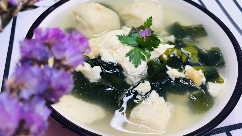 海带豆腐汤,起锅;