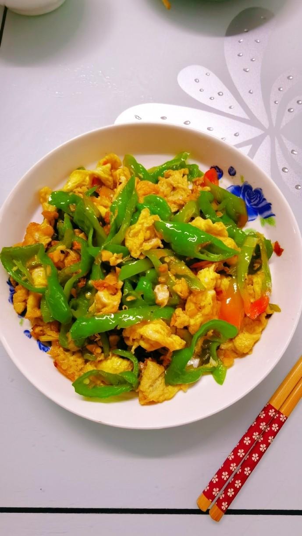 尖椒炒鸡蛋,做好的鸡蛋炒鸡蛋