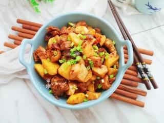 杏鮑菇燒雞塊,家常好吃的燒菜!
