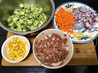 西兰花炒牛肉➕春风花草香,全部食材准备好
