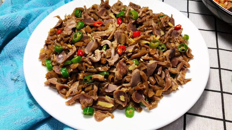 酸豆角炒鸡胗➕ 呼童烹鸡酌白酒,成品