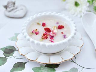 玫瑰花水果燕麦米糊