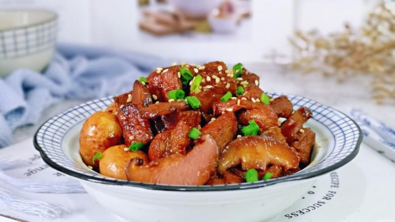香菇鹌鹑蛋,家常菜最美味,强烈推荐大家试试这道菜呦~不好吃来找我。