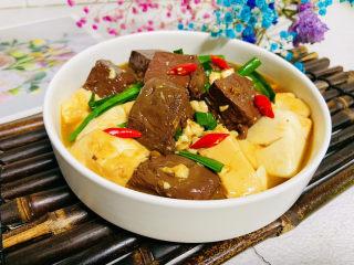 猪血炖豆腐,成品图