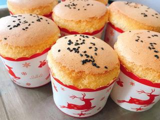 不开裂的海绵纸杯蛋糕(粘米粉版)