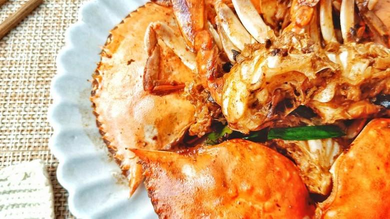 干锅香辣蟹,蟹肉饱满。