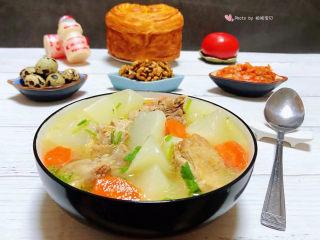 萝卜炖鸭肉,为家人做出健康营养丰富的每一餐是我最开心的事情