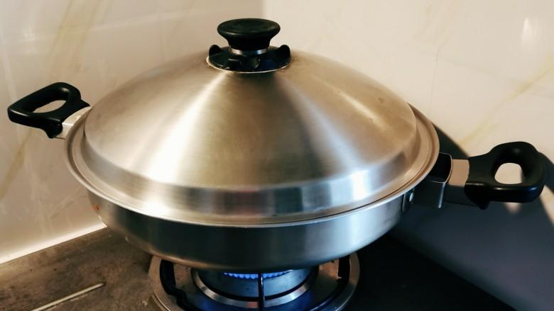 香菇鹌鹑蛋,水开之后蒸10分钟