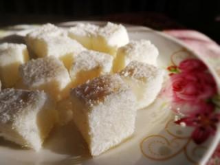 椰奶小方【零失敗】,綿軟濃香,清甜爽口。