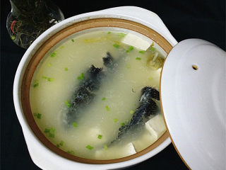 黑鱼豆腐汤