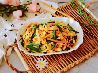 韭菜炒千張