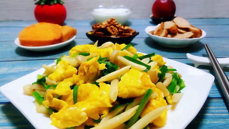 白玉菇炒鸡蛋,为家人做营养丰富的每一餐是我最开心的事情噢