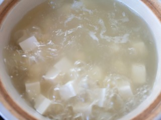 苋菜豆腐汤,再次大火烧开。
