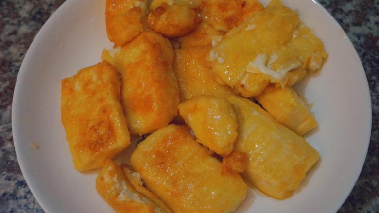 家常烧豆腐,这样煮出来的豆腐成形,色泽好看,口味更佳!!!