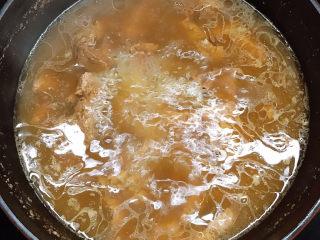 牛腱子炖萝卜,揭开锅盖