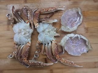 香辣螃蟹,然后,把螃蟹,冲洗干净