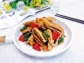 香辣螃蟹,盛出上桌