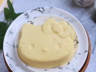 Kitty百香果轻乳酪蛋糕