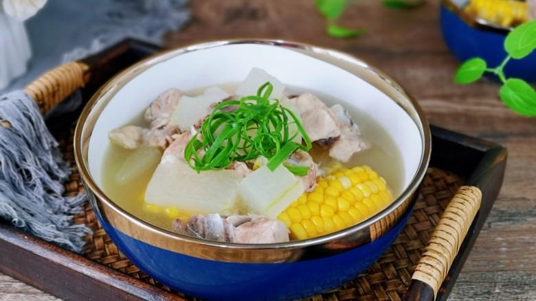 排骨冬瓜汤,夏天养生之汤,汤汤水水最养人。