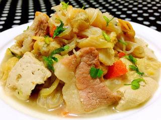 白菜炖豆腐,这道美味佳肴营养丰富