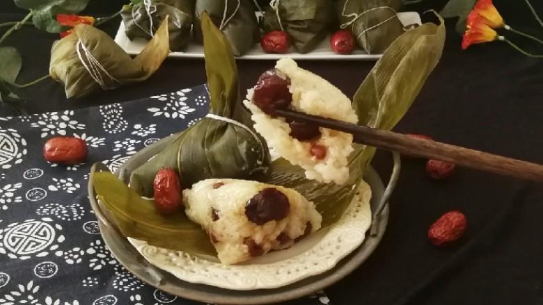 红豆粽子,打开粽叶 即食 香甜软糯。