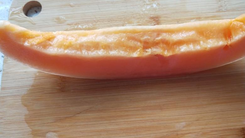 清炒南瓜丝,切成小条。