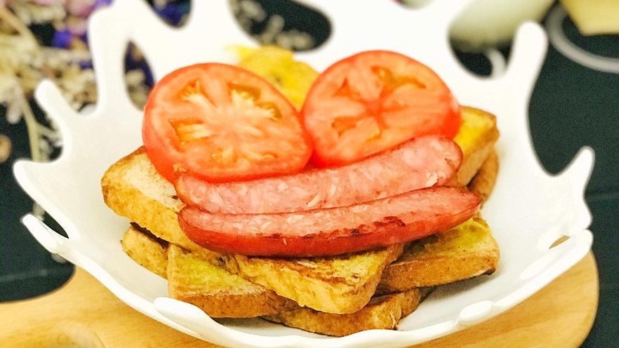 一个人的趣味早餐—笑脸吐司