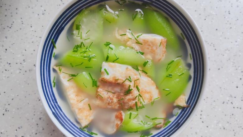 丝瓜蛋汤,装碗