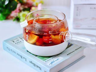 玫瑰水果小种红茶,健康营养又好喝,我家隔三差五就要煮一壶哟!