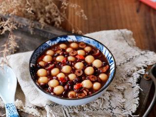 红豆桂圆红枣枸杞小丸子