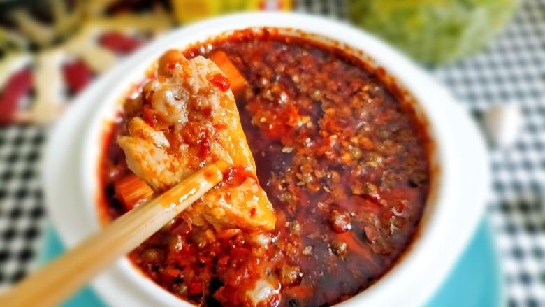 麻辣鸭边腿,肉质细腻,麻辣入味,吃到停不下来
