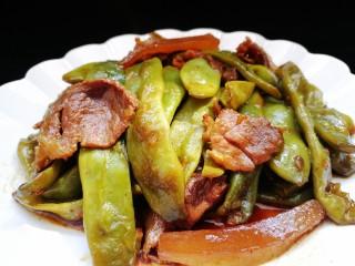 绿油豆炖五花肉