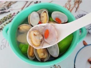 丝瓜花蛤汤,汤汁很鲜美哦