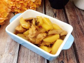 土豆烧鸡翅,成品图
