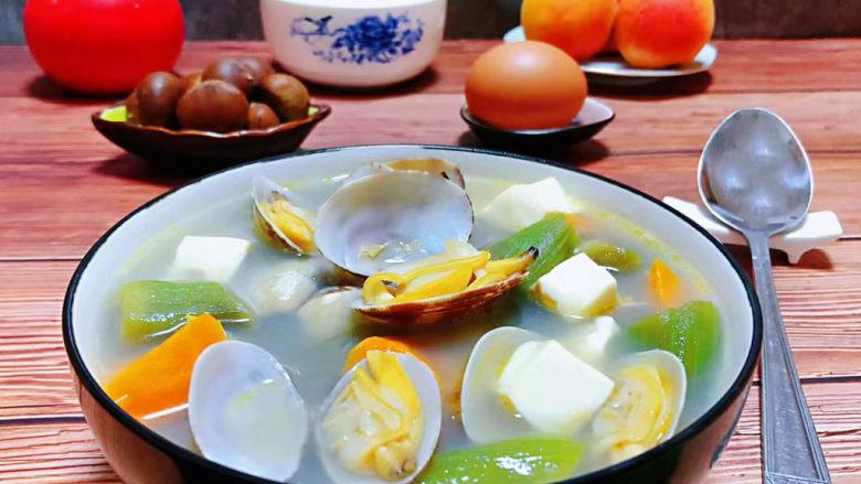 丝瓜花蛤汤,海边的孩子就是有好口福哦