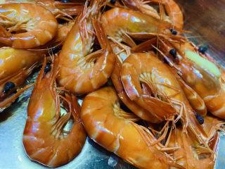 豌豆炒虾仁,捞起鲜虾