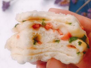 香肠馒头卷,内部组织气孔均匀,非常宣软好吃