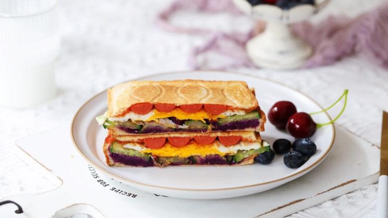 紫薯鸡蛋三明治,成品图
