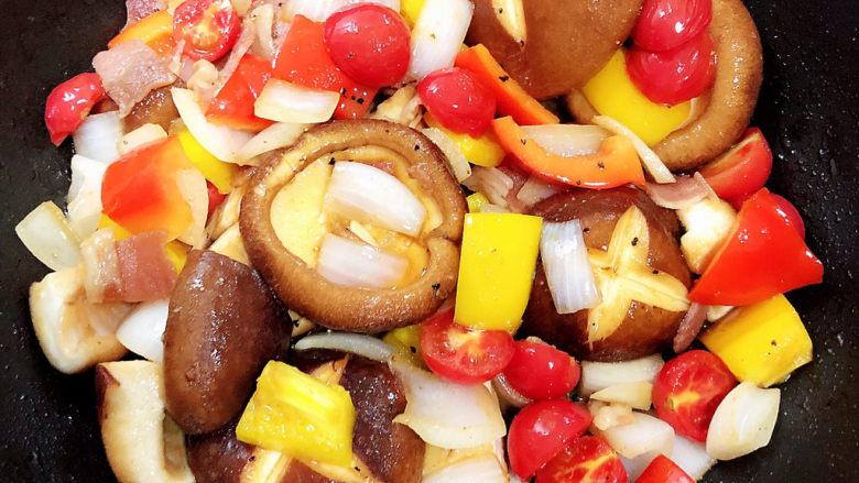 孜然烤香菇,待翻炒入味,关火。