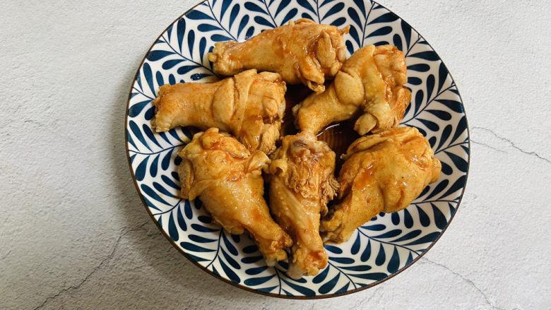 新奥尔良烤鸡腿,腌制后的鸡腿(第二天)