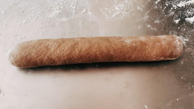荞麦馒头,搓成条状