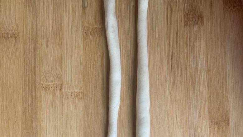 香肠馒头卷,卷成长条