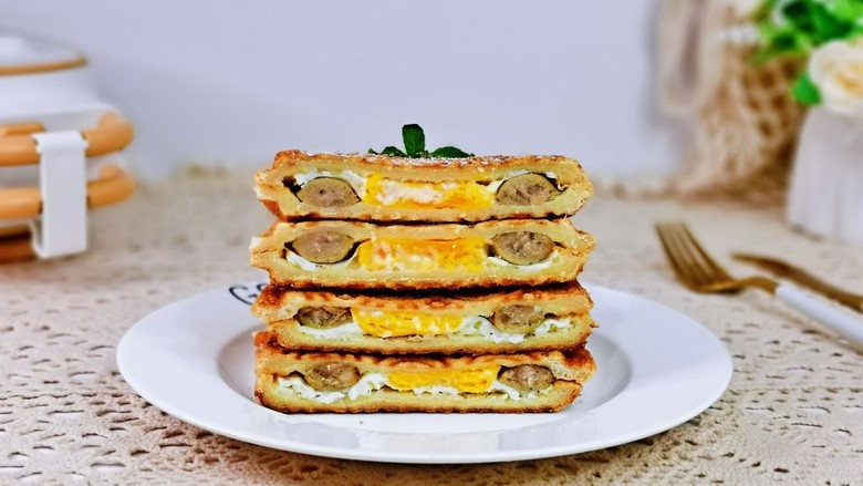 芝士火腿三明治,切开即可食用。