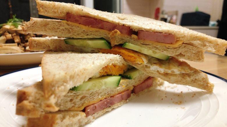 芝士火腿三明治,太好吃啦