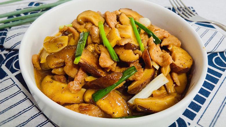香菇炒肉片,成品图