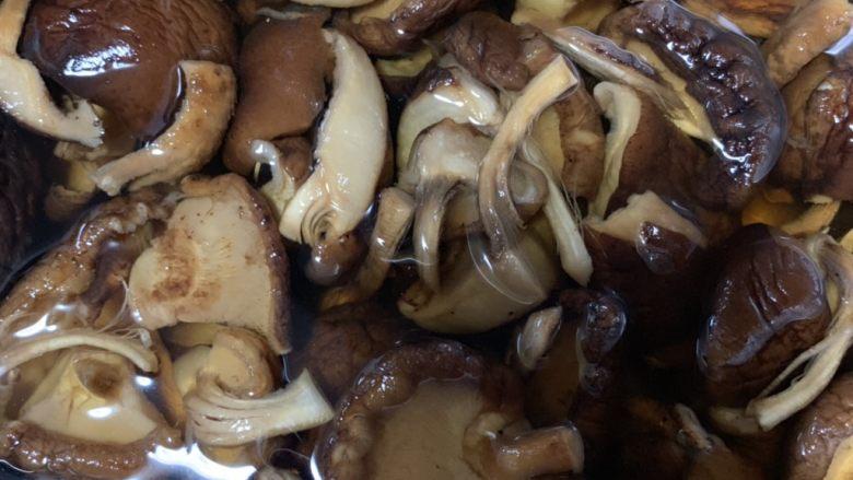 香菇炒肉片,香菇